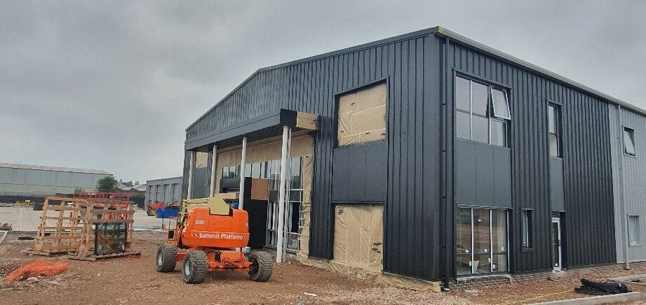 Front of cladding spraying
